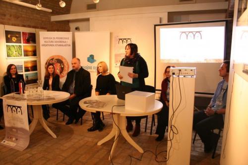 tiskovna konferencija galerokaz (1)