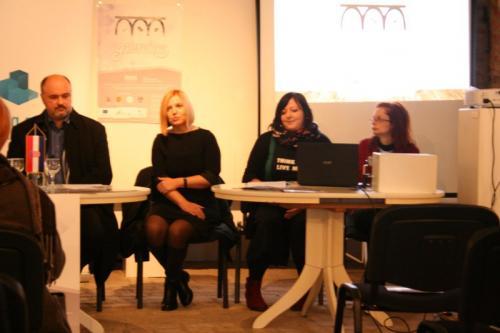 tiskovna konferencija galerokaz (15)