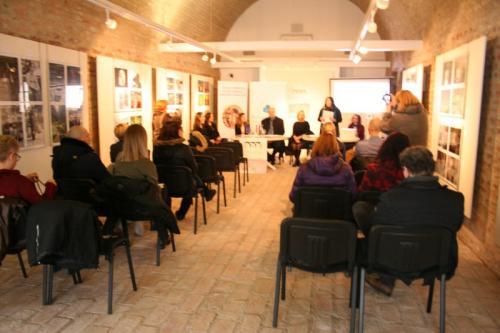 tiskovna konferencija galerokaz (8)
